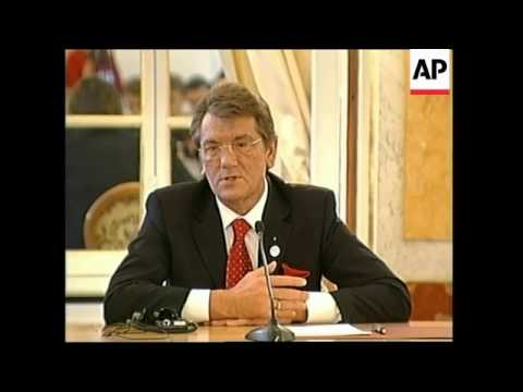 Yushchenko offers mediation with Poland and Lithuania in Georgia- Russia crisis