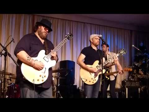 Nick Moss and the Flip Tops - Live at the Bull Run