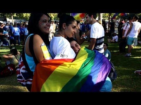 Plusieurs milliers de participants à la Gay Pride à Jérusalem
