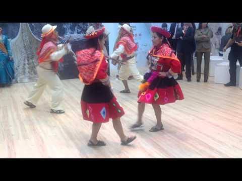 Peru Dancing