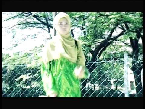 Acik Spin & Siti Nordiana - Mainan Cinta (Official Music Video)