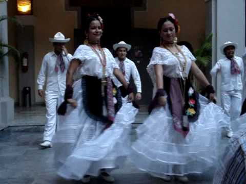 Traditional Mexican dance - Veracruz