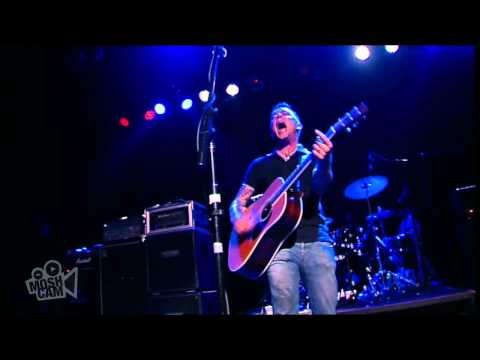 Dave Hause - Pretty Good Year (with Chuck Ragan) (Live in Sydney) | Moshcam