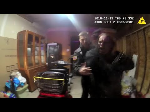 Deaf Oklahoma woman suing fast food restaurant after she was refused serviceиз YouTube · Длительность: 2 мин47 с