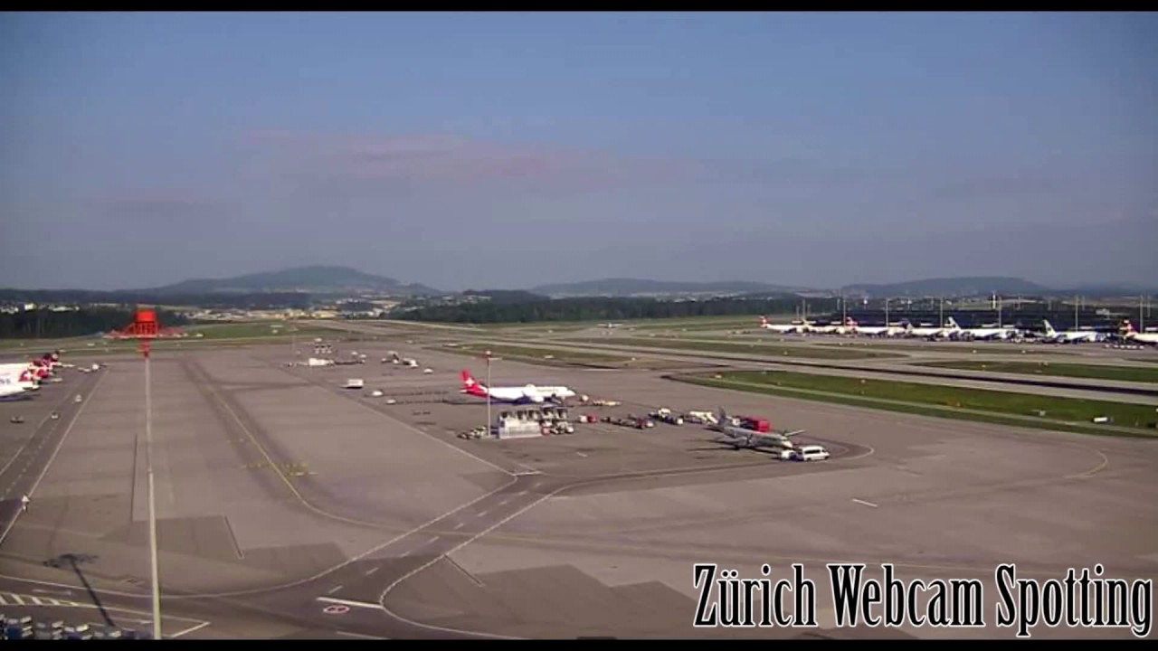 Flughafen Zürich (IATA-Code: ZRH, ICAO-Code: LSZH) Webcam Spotting with  LIVE ATC