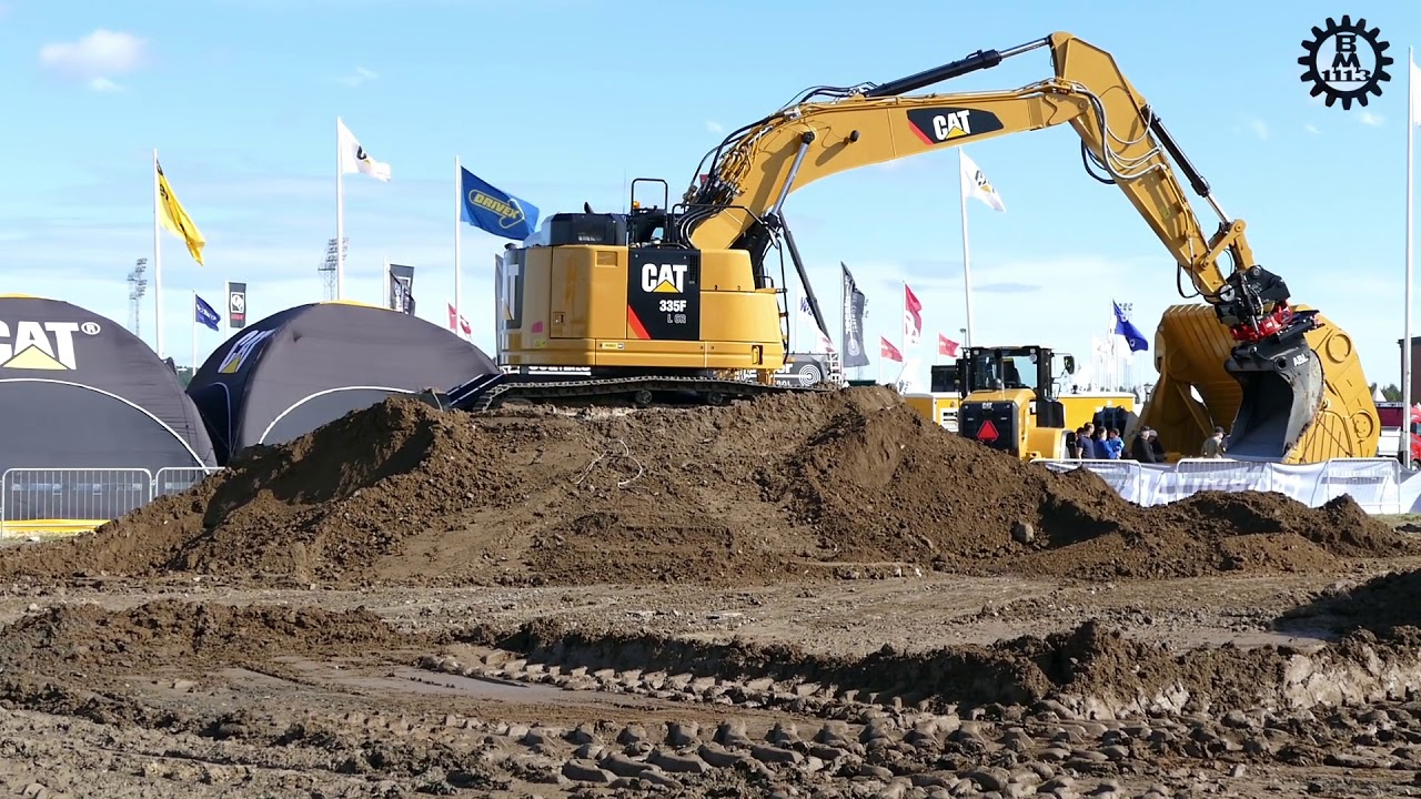 Cat 335F LCR with Rototilt R8 @ Load up North 2015