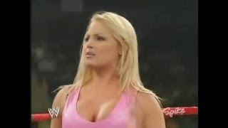 720pHD: WWE Raw 02.02.04: Trish Stratus vs Kane