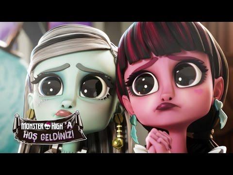 Frankie Dracula'yı büyülüyor | Welcome To Monster High | Monster High