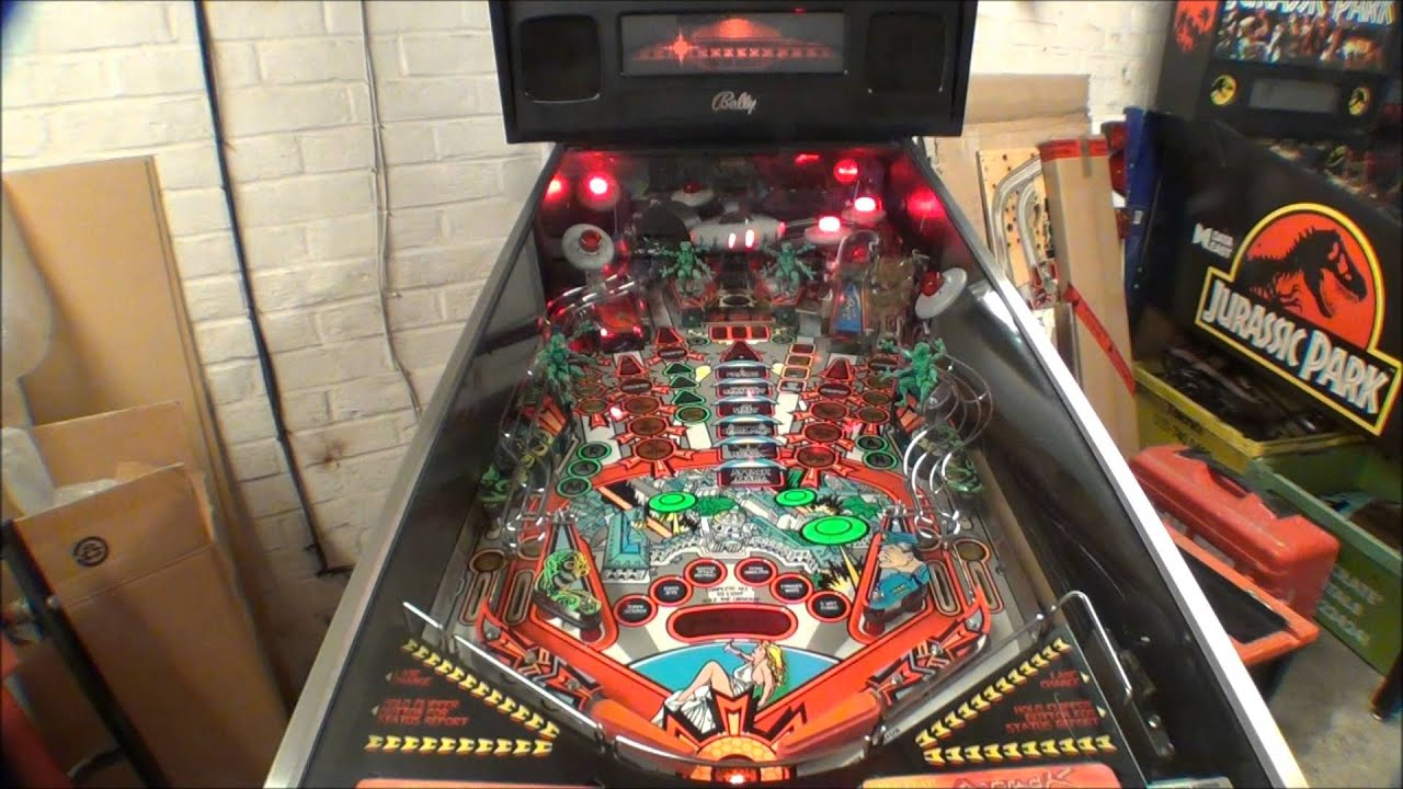 mars attacks pinball machine