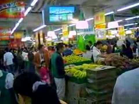 This ain't Safeway, Shenzhen supermarket