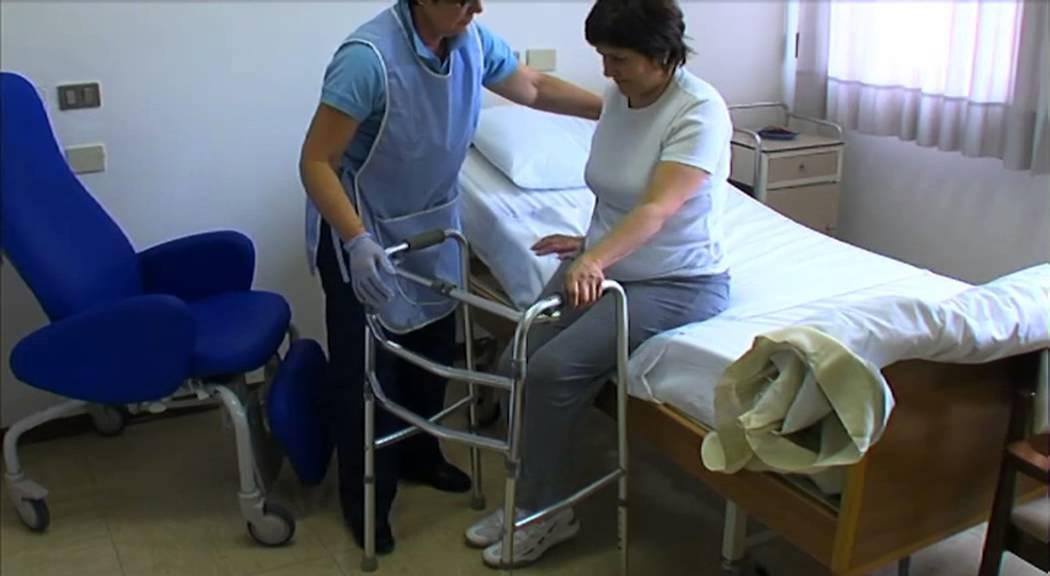 10 alzata paziente autosufficiente doovi - Mobilizzazione paziente emiplegico letto carrozzina ...