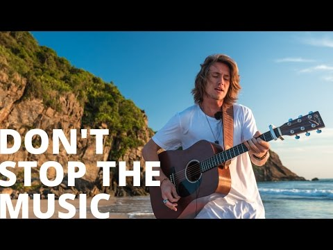 Don't Stop The Music - Rihanna (Vitor Kley...