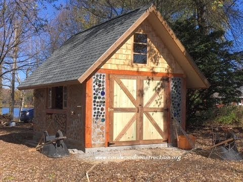 Cordwood Workshop - Building the Walls