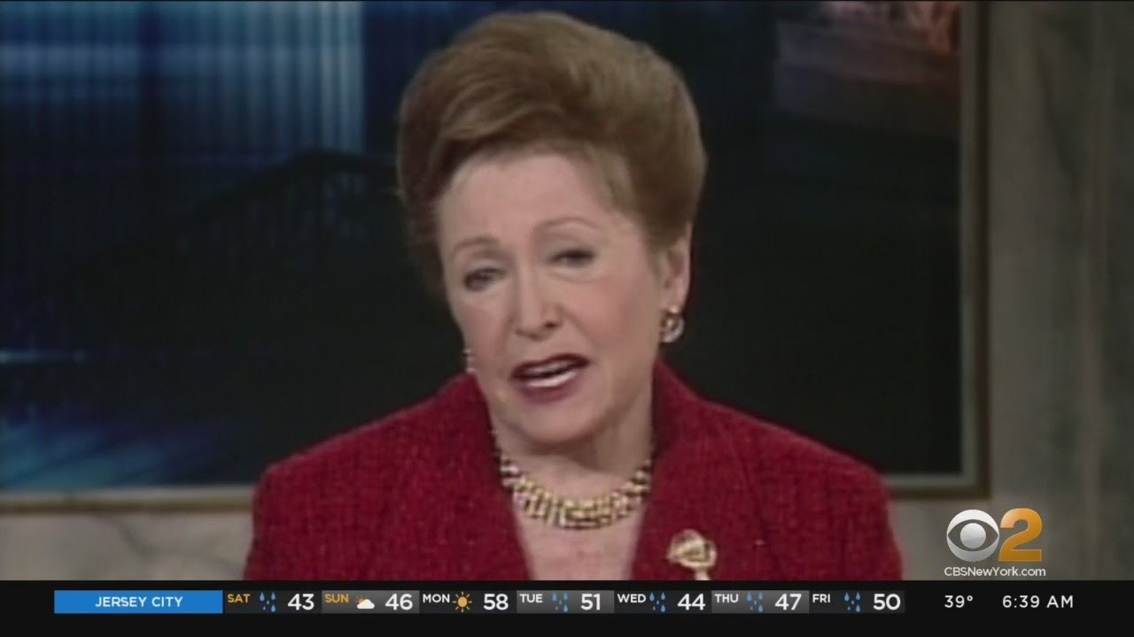 Mary Higgins Clark, best-selling author of suspenseful tales, dies at 92