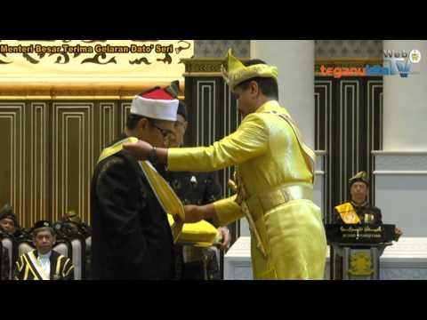 Menteri Besar Terima Gelaran Dato' Seri