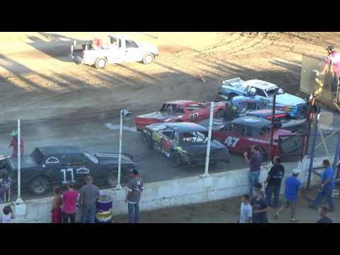 Street Stock Feature Race carnage!