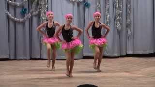 Джайв - Ренессанс 2013 - Трио Соло (показательное выступление)(Новогодний праздник в школе бального танца