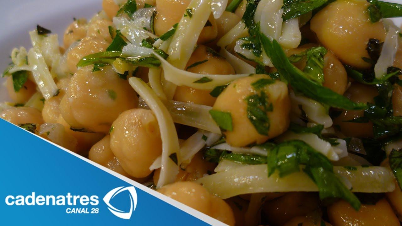 Receta para preparar ensalada de garbanzos con lim n y for Cocinar garbanzos