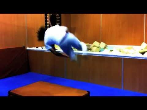 APF - Skill LAB - daily trick 14 (Salto vzad o 180 stupnov)
