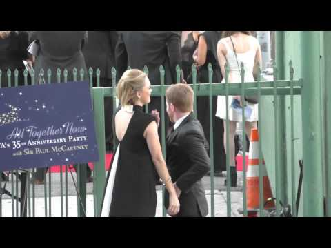 Seth Green and Clare Grant arriving to the Hollywood Palladium in Hollywood