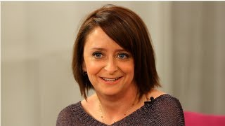 Rachel Dratch Interview, A Girl Walks Into a Bar, New Book Memoir