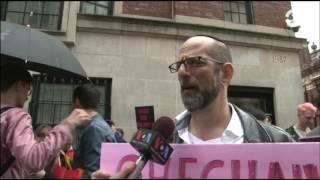 Нью-Йорк: акция протеста против преследования геев в Чечне