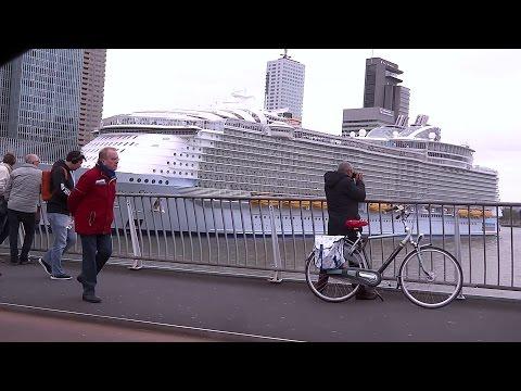 Biggest cruise ship in the world - Harmony of the seas - Rotterdam city trip