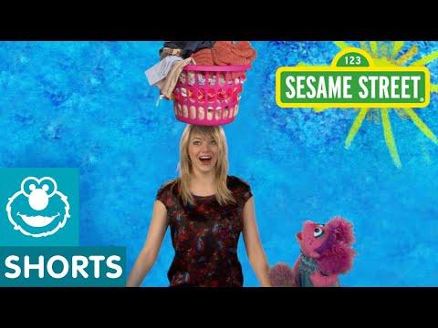 Sesame Street: Emma Stone: Balance