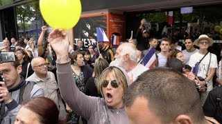 Gilets jaunes : ils perturbent le défilé (14 juillet 2019, Champs-Élysées, Paris)