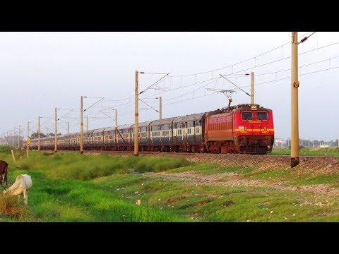 ICF and LHB - 13257 Danapur - Anand Vihar JAN SADHARAN EXPRESS !!