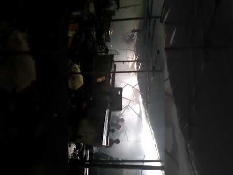 গুলশানের ডিএনসিসি মার্কেটে ভয়াবহ আগুন, নিয়ন্ত্রণে সেনা-নৌবাহিনী