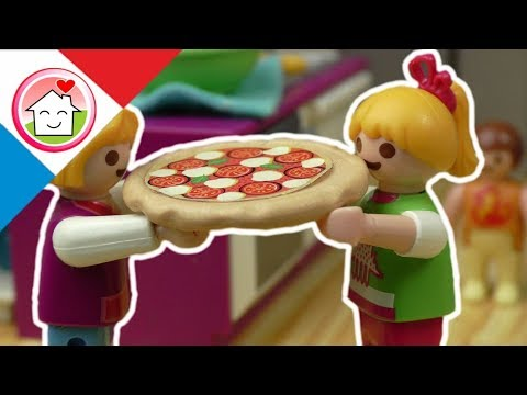 playmobil en fran ais lena cuisine de la pizza la. Black Bedroom Furniture Sets. Home Design Ideas