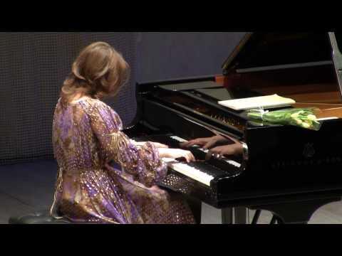 Polina Osetinskaya Bach - Ziloti - Prelude 2010.mpg