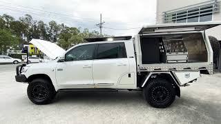 Sahara chop!! Stunning setup Mead's! Pro Touring LC200