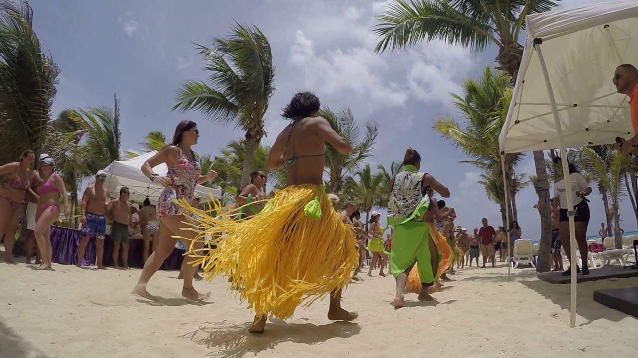 Riu Playacar Mexico Animation Team Beach Dance New 2017