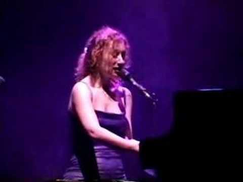 Tori Amos - Little Earthquakes Live