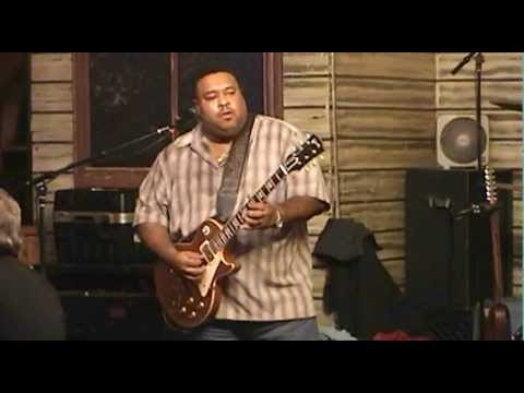 LARRY McCRAY BAND - Kingston Mines, Chicago - USA - December 8, 2012