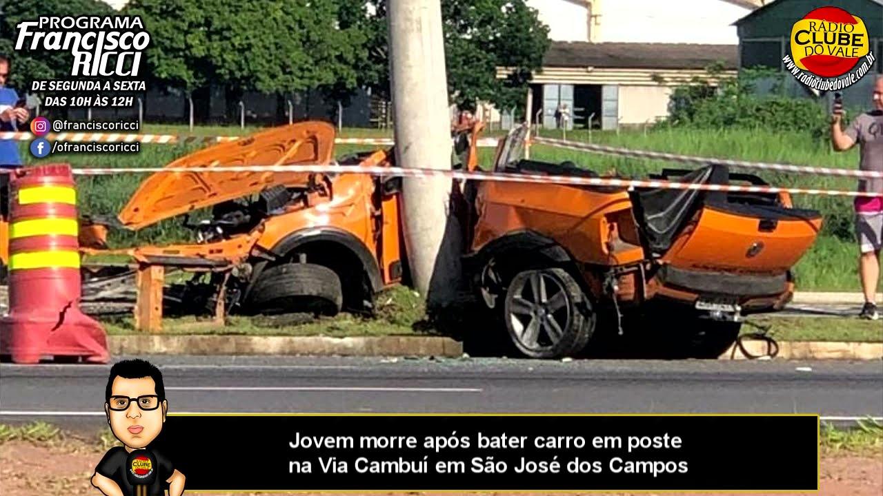 Jovem morre após bater carro em poste na Via Cambuí em São José dos Campos