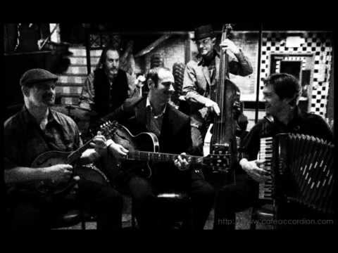 L'Indifference - Cafe Accordion Orchestra
