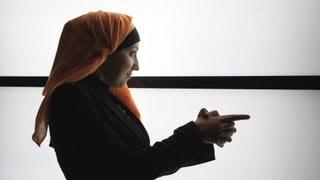 Работа в Дубаи. Составить резюме. ОАЭ, поиск работы в Дубаи(Решила поделиться своим опытом о поиске работы в Дубаи. Не судите строго, это мое второе видео. Подписывайте..., 2013-03-02T06:20:48.000Z)