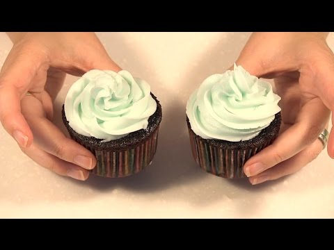Swirl Design Cupcake Decorating Class 3 Youtube