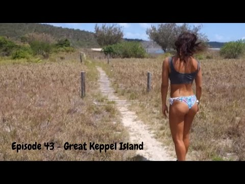 Sailing into Freedom   Episode 43 Plukky & the Italian crew in the Keppel Islands