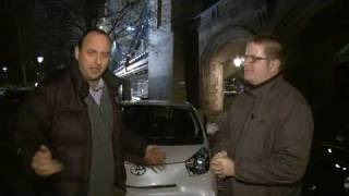 Toyota iQ 2009 Videos