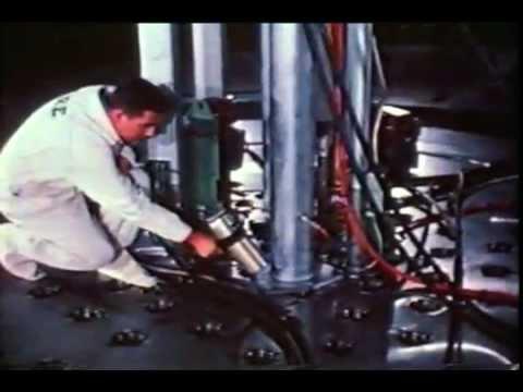Sodium Reactor Experiment Construction (1958)