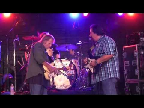 """WALTER TROUT w/ COCO MONTOYA """"I Can Tell""""   8/8/15 Heritage Music BluesFest"""