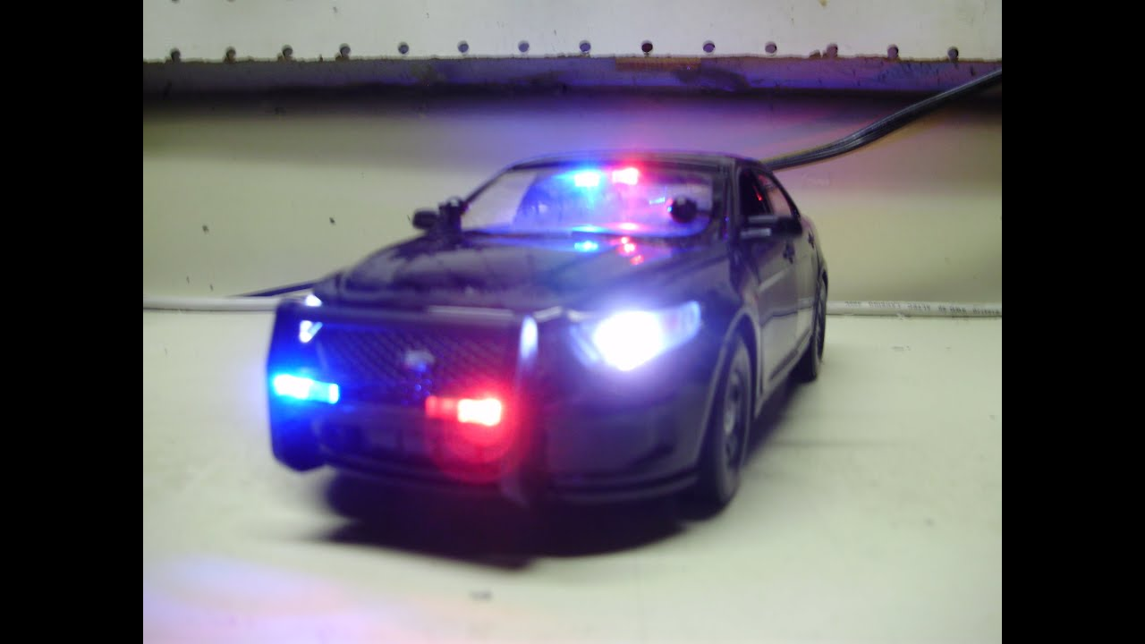 Charlieu0027s custom 124 Ford Police Interceptor diecast model w/ working lights - YouTube & Charlieu0027s custom 1:24 Ford Police Interceptor diecast model w ... markmcfarlin.com