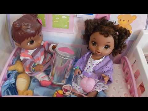 Baby Alives Exchange Valentines! Secret Admirers! Happy Valentine's Day!