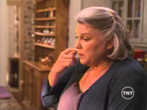 Judging Amy  Tyne Daly singing VeggieTales