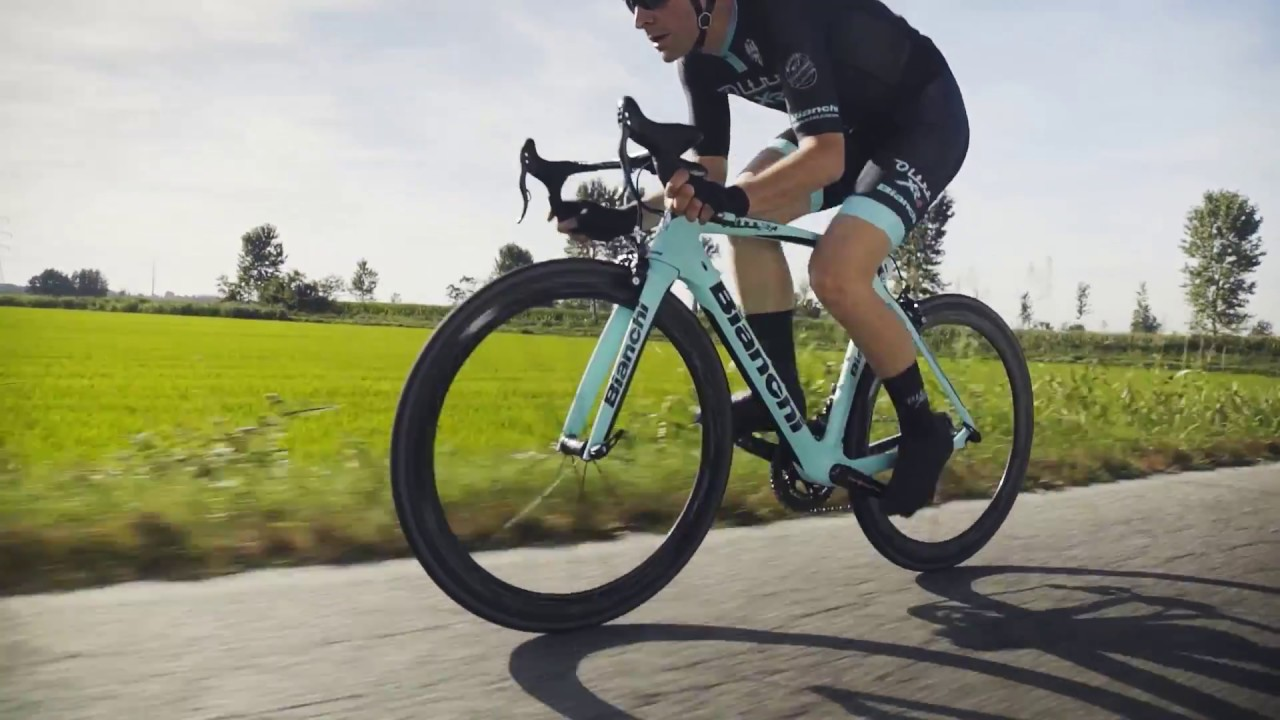 63b2a04dd4c Oltre XR4 - YouTube