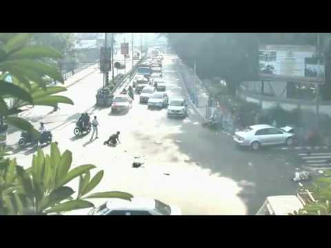 8 killed and 20 injured in Car accident at Alipur, Kolkata. An driver causing this accidents